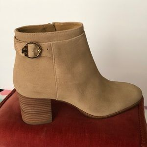 Tory Burch Sophia Suede Bootie size 8.5